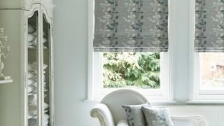 Roman Blind_Stylish Silver_Bedroom