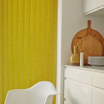 Vertical Blind_Izola Chartreuse_Kitchen