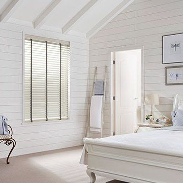 Wooden Blind_Haywood Limed White_Bedroom