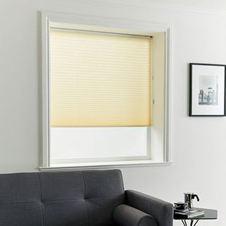 Pleated Blind_Elba Cream_Roomset