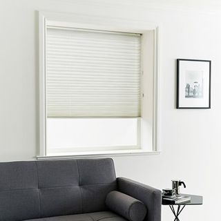Pleated Blind_Estelle Almond_Roomset