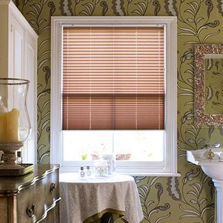 Pleated Blind_Sasso Brick_Roomset