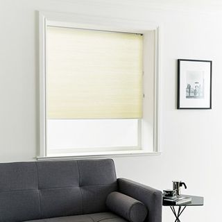 Pleated Blind_Thermashade Oyster_Roomset