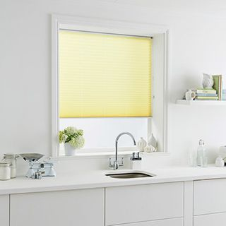 Pleated Blind_Tocarra Canary_Roomset