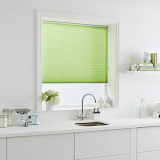 Pleated Blind_Tocarra Fern_Roomset