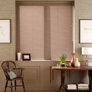 Venetian Blind_Sheer Luxury Walnut_Roomset