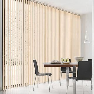 Vertical Blind_Florence Peach_Roomset