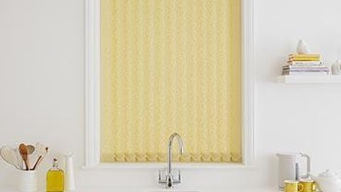 Vertical Blind_Penang Gold_Roomset