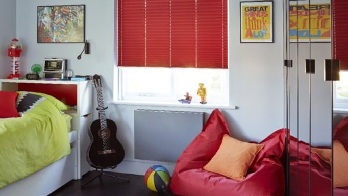 Bedroom pleated blinds