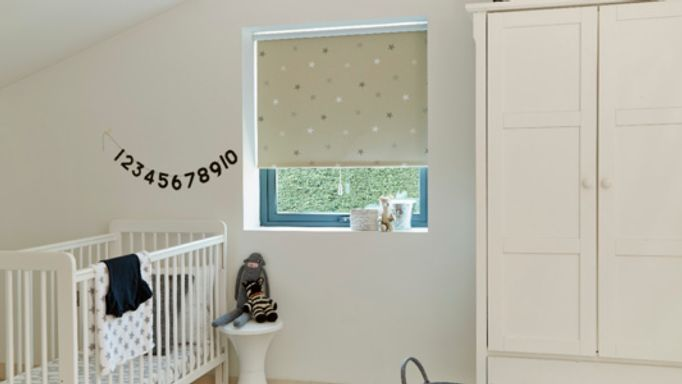 Stars Patterned Beige children's Roller blind