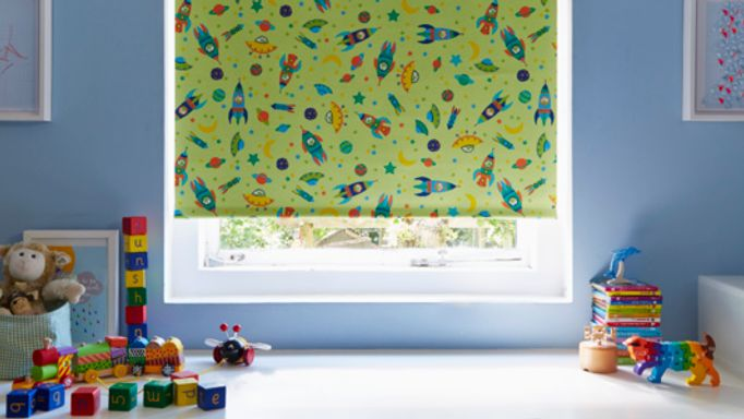 Rocket Patterned Green Roller blind in child's room