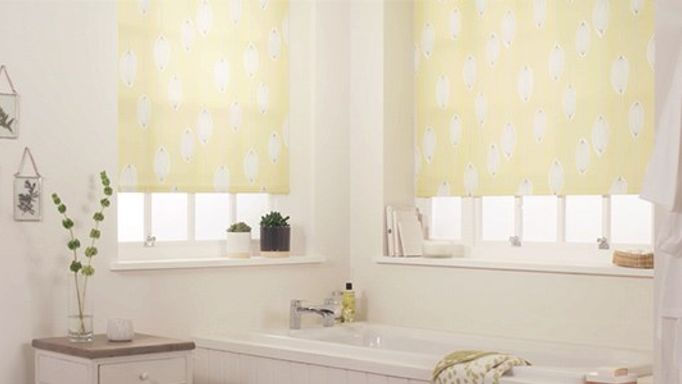 Perfect fit bathroom roller blind