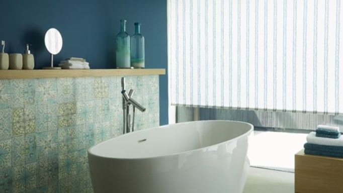 Blue bathroom Roller blind