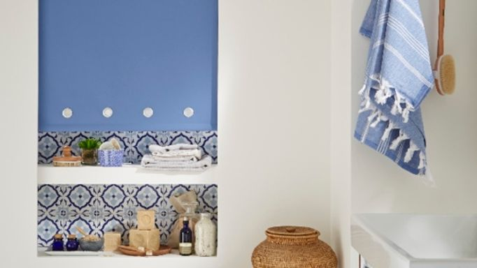 Blue Roller blind in bathroom