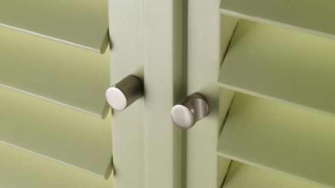 fern green custom colour shutters
