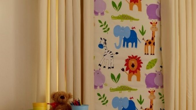 Narnia patterned roman blind