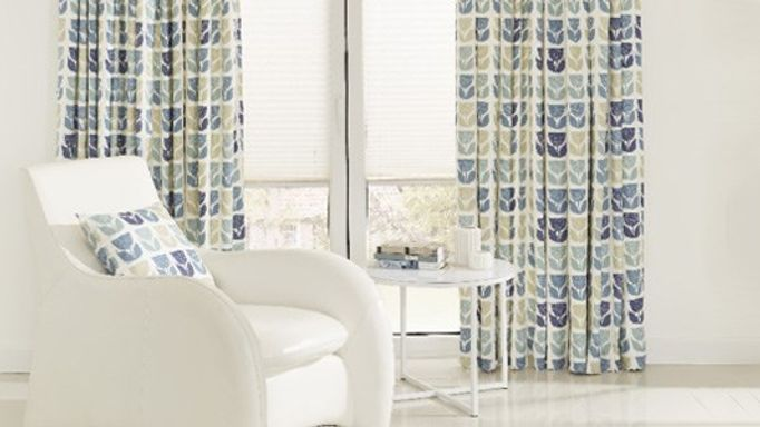Rayner-Mineral-Curtains-with-Moreno-Snow-Pleated-blind
