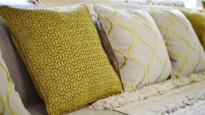 lattice-lattice-pistachio-cushion
