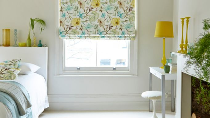 House-Beautiful-Origin-Citrine-roman-blind-bedroom