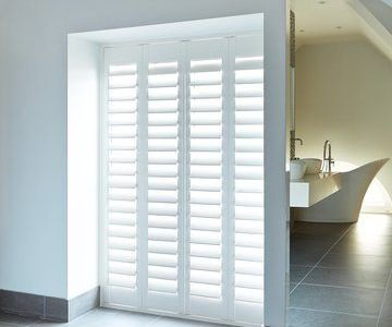 Rob's-bathroom-shutters-henley-white