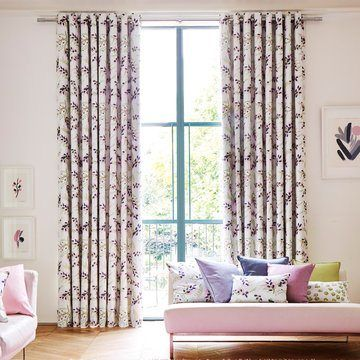 Pink Patterned Eyelet Curtains in the Living room - Petala Blossom