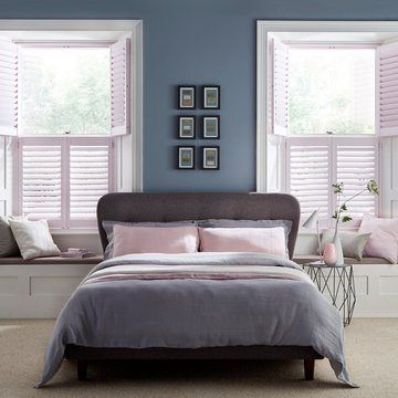 Pink-shutter---bedroom---chalk-pink5