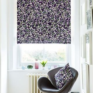 Roman Blind_Grapeflower Berry_Roomset