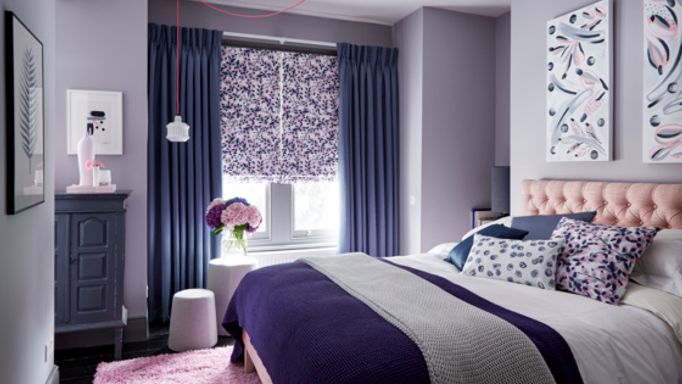 Charlotte-Beevor-Grapeflower-Blush-Roman-blind-with-Radiance-Shadow-curtains-bedroom