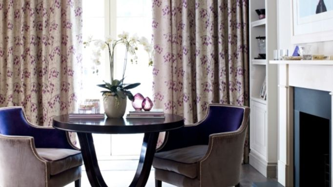 Willowy-amethyst-curtains-living-room
