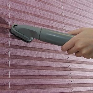 vacuuming-pleated-blinds