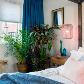 HIL_Thermashade_Pleated_blinds_Mist_with_Bardot_Denim_curtains