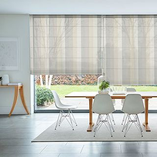 ombre-smoke-voile-roman-blind