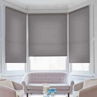 Roller blind_Malin Light Grey_Roomset