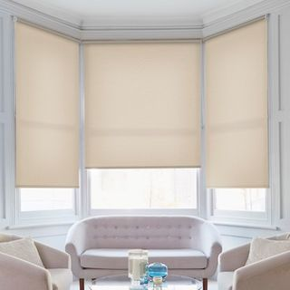 Roller blind_Malin Pebble_Roomset