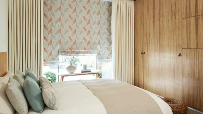 Zen-collection-Tranquility-Roman-blind-with-Tetbury-Ivory-curtains