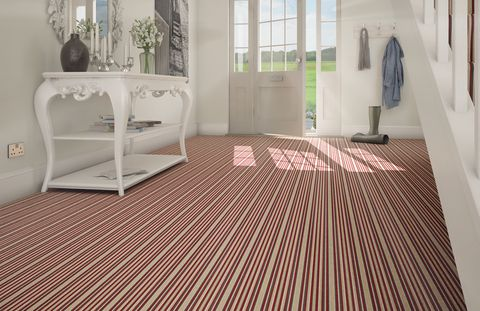 Striped-Carpet-Hallway-Country-Hollybush-Hill