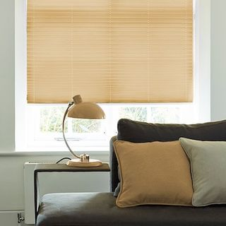 Pleated Blind_Salerno Sand_Roomset