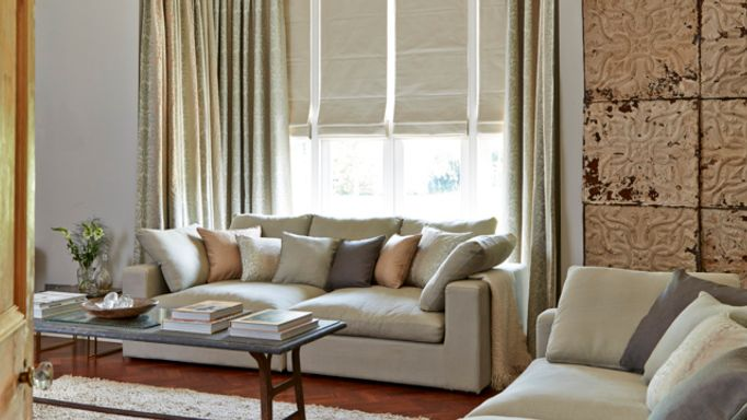 House-Beautiful-Global-Textures-Baroque-Natural-curtains-with-Rodez-Linen-Roman-blinds