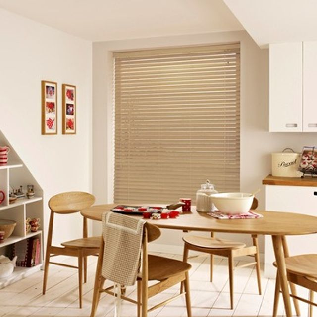 Wooden Blinds_Haywood Barley_Roomset