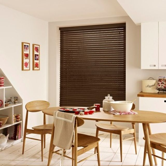 Wooden Blinds_Haywood Chicory Teak_Roomset