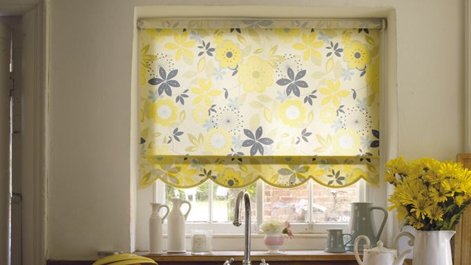 Clara Lemon-Roller-blind