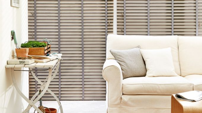 Beachwood-Faux-Wood-blind
