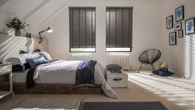 Lunaire-Faux-Wood-blind-bedroom