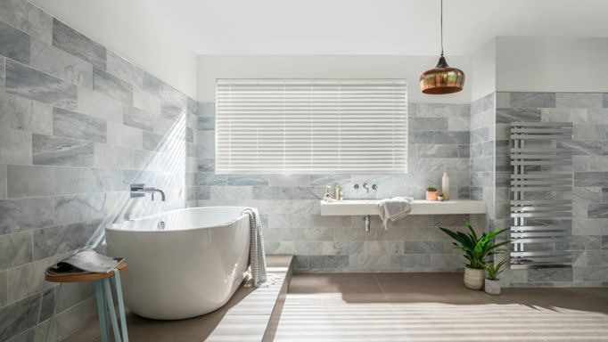 Natural-Stone-Faux-Wood-blinds-bathroom