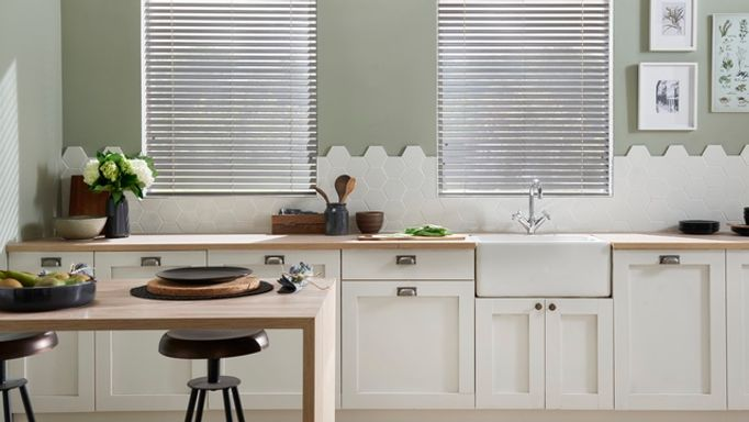 Smoke-Faux-Wood-blinds-kitchen