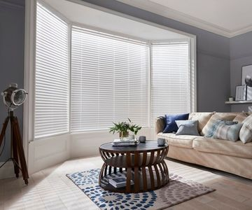 Fine-White-Faux-Wood-blinds