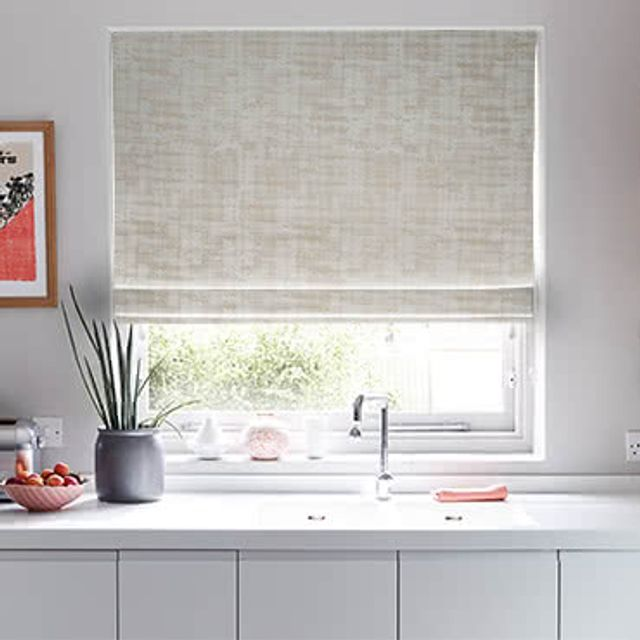 Roman_Blind_Fascination_SILVER_Roomset