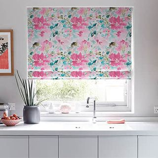 Roman_Blind_Caprice_Paradise_Roomset