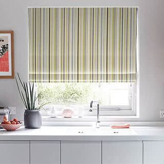 Roman_Blind_City_Chartreuse_Roomset.