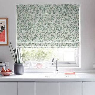Roman_Blind_Delizia_Teal_Green_Roomset.